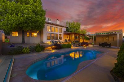 Single Family Home For Sale: 5319 Vista Bonita NE