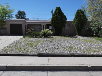 Albuquerque Single Family Home For Sale: 7906 Robin Avenue NE