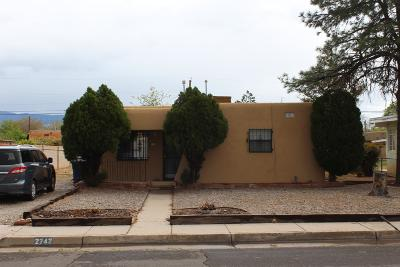 Albuquerque Single Family Home For Sale: 2742 Washington Street NE