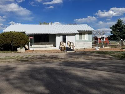 Tijeras, Cedar Crest, Sandia Park, Edgewood, Moriarty, Stanley Single Family Home For Sale: 500 Eunice Street