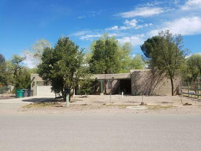 Los Ranchos Single Family Home For Sale: 2401 Dietz Farm Road NW