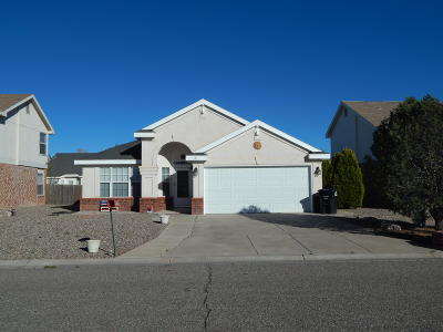 Valencia County Single Family Home For Sale: 18 Acebo Place