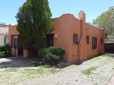 Albuquerque NM Single Family Home For Sale: $205,000
