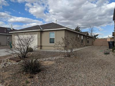 Rio Rancho Single Family Home For Sale: 702 Redwood Street SW