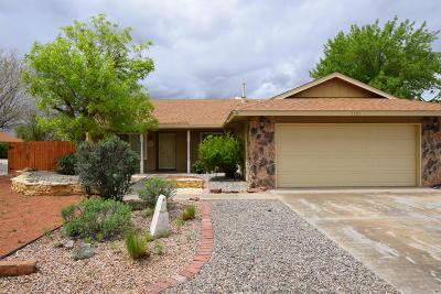 Albuquerque Single Family Home For Sale: 5501 Cochiti Court NW