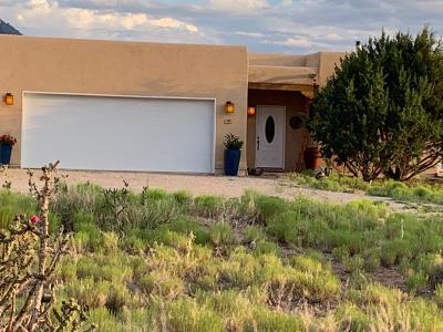 Placitas Single Family Home For Sale: 145 Camino De Las Huertas