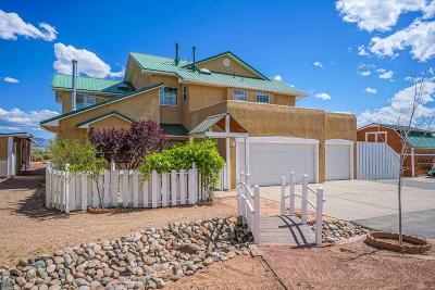 Rio Rancho Single Family Home For Sale: 3007 Oculus Loop NE