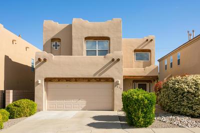 Single Family Home For Sale: 6809 Glenturret Way NE