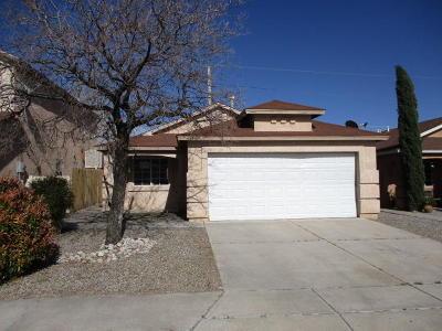 Albuquerque Single Family Home For Sale: 448 Evening Fire Street SW