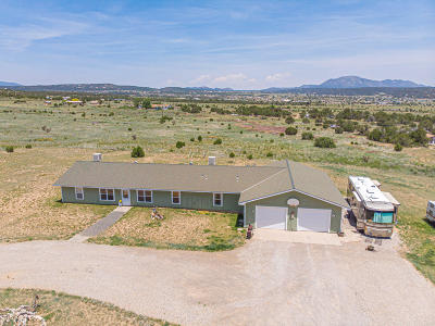 Tijeras, Cedar Crest, Sandia Park, Edgewood, Moriarty, Stanley Single Family Home For Sale: 40 Valley Road