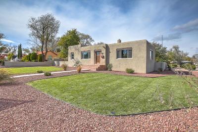 Single Family Home For Sale: 3529 Monte Vista Boulevard NE