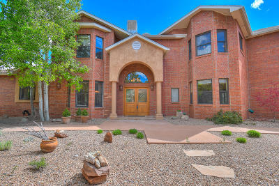 Tijeras Single Family Home For Sale: 13 Vallecitos Loop