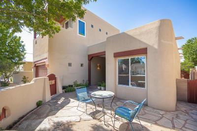 Albuquerque Single Family Home For Sale: 2638 Aloysia Lane NW