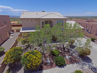 rio rancho Single Family Home For Sale: 5802 Chaco Loop NE