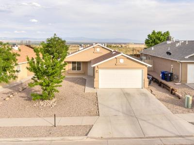 Albuquerque NM Single Family Home For Sale: $158,000