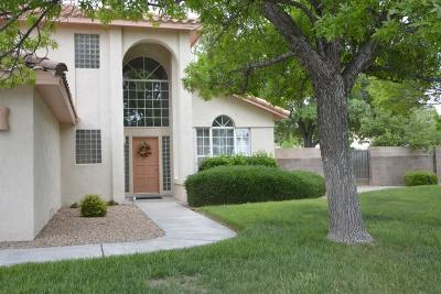 Single Family Home For Sale: 7102 Whitewood Court NE