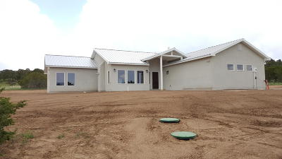 Tijeras, Cedar Crest, Sandia Park, Edgewood, Moriarty, Stanley Single Family Home For Sale: 102 Prestige Drive