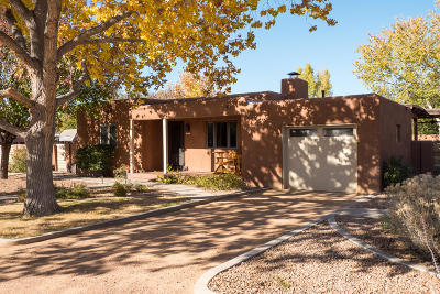 Los Ranchos Single Family Home For Sale: 619 Charles Place NW