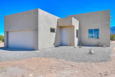 Placitas Single Family Home For Sale: 62 Palomino Road