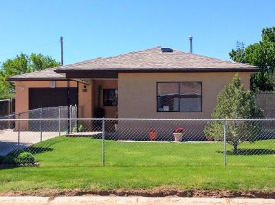 Tijeras, Cedar Crest, Sandia Park, Edgewood, Moriarty, Stanley Single Family Home For Sale: 906 Center Avenue