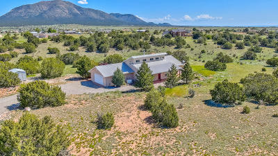 Tijeras, Cedar Crest, Sandia Park, Edgewood, Moriarty, Stanley Single Family Home For Sale: 6 Kiowa Court
