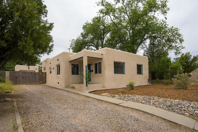 Albuquerque Single Family Home For Sale: 4812 Crest Avenue SE