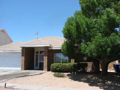 Albuquerque Single Family Home For Sale: 8105 Saddlebrook Avenue NW