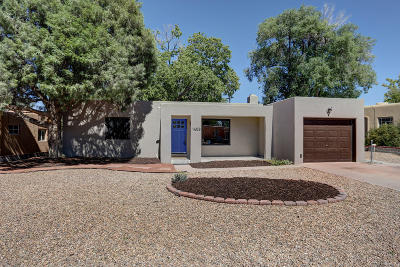 Bernalillo County Single Family Home For Sale: 1408 Jefferson Street NE