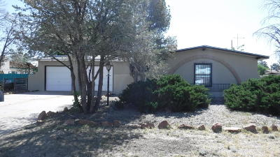 Valencia County Single Family Home For Sale: 116 Howell Street