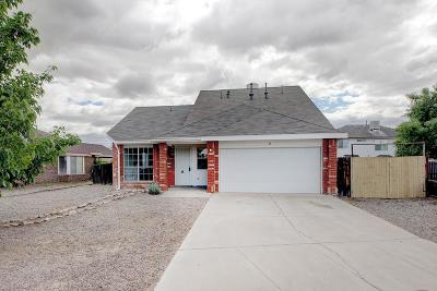 Valencia County Single Family Home For Sale: 36 Apache Plume Road