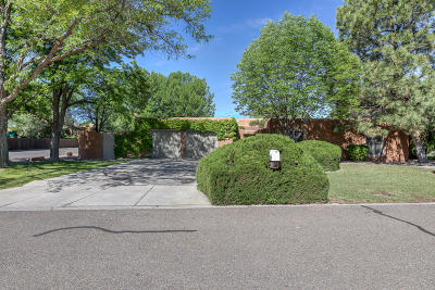 Albuquerque Single Family Home For Sale: 3227 Calle De Estella