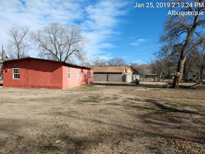 Albuquerque NM Single Family Home For Sale: $79,900