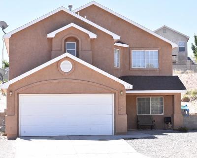 Los Lunas Single Family Home For Sale: 4 Parador Court