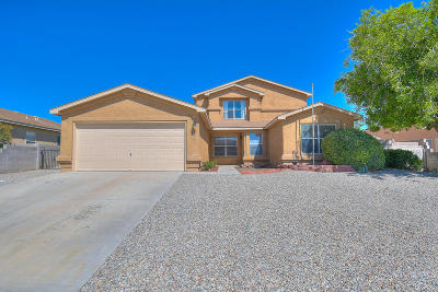 Albuquerque, Rio Rancho Single Family Home For Sale: 5059 Sanbusco Court NE