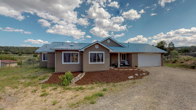 Santa Fe County Single Family Home For Sale: 37 Blue Mule Drive