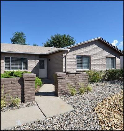 Single Family Home For Sale: 6905 Hildegarde Drive NE