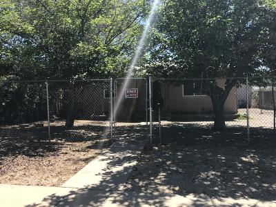 Bernalillo County Single Family Home For Sale: 2318 Commercial Street NE