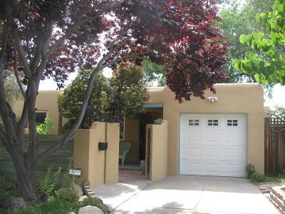 Albuquerque Single Family Home For Sale: 1225 Dartmouth Drive NE