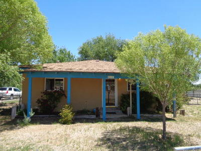 Valencia County Single Family Home For Sale: 431 Jarales Road