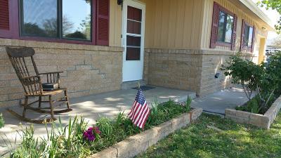 Albuquerque Single Family Home For Sale: 10527 Aspen Avenue NE