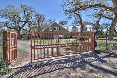 Sandoval County Single Family Home For Sale: 750 Dixon Road