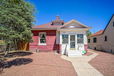 Bernalillo County Single Family Home For Sale: 506 12th Street NW