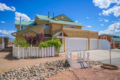 Sandoval County Single Family Home For Sale: 3007 Oculus Loop