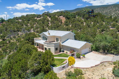 Tijeras Single Family Home For Sale: 17 Pine Crest Road