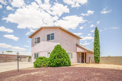 Rio Rancho Single Family Home For Sale: 730 Ivory Road SE