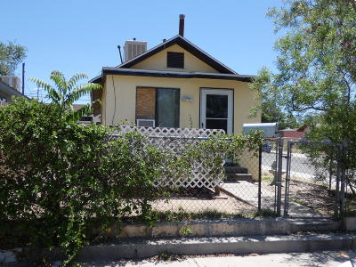 Albuquerque Single Family Home For Sale: 1224 Edith Boulevard SE