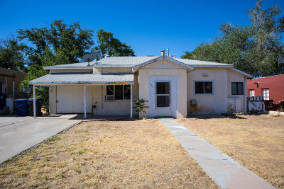Albuquerque Single Family Home For Sale: 8910 Aztec Road NE