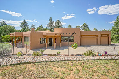 Tijeras NM Single Family Home For Sale: $355,000
