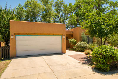 Albuquerque Single Family Home For Sale: 1504 Sunset Farm Road SW