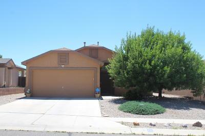 Valencia County Single Family Home For Sale: 14 Avenida Jardin